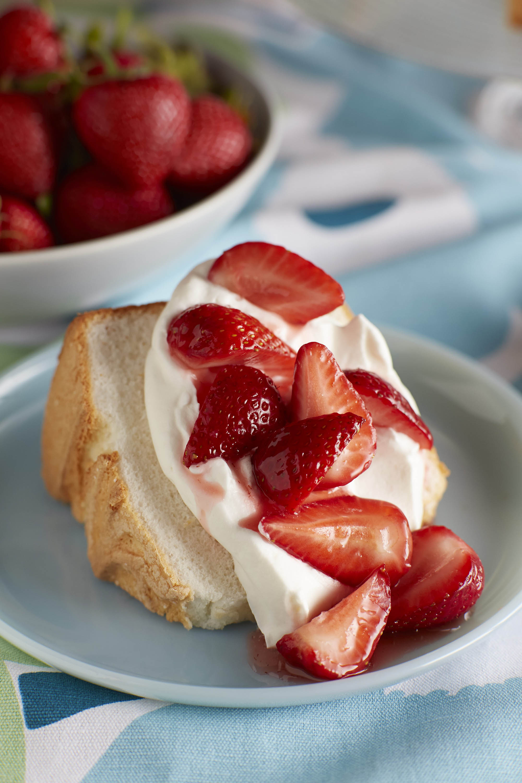 Strawberry recipes angel food strawberry shortcake forumfinder Image collections
