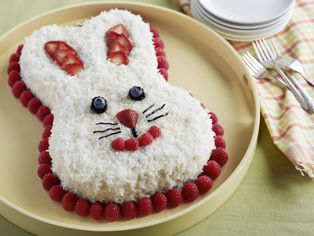 A berry cake in the shape of a bunny