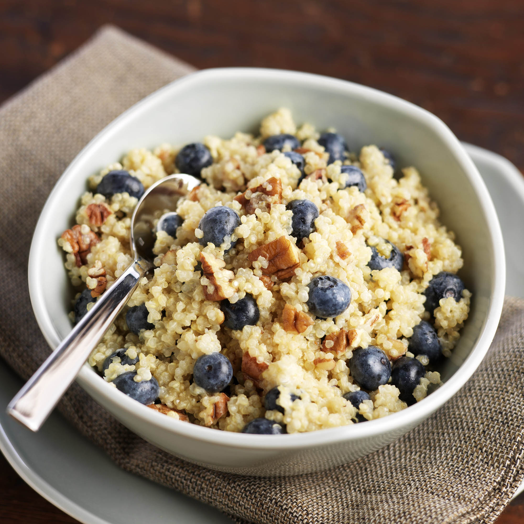 Blueberry Quinoa Breakfast Cereal