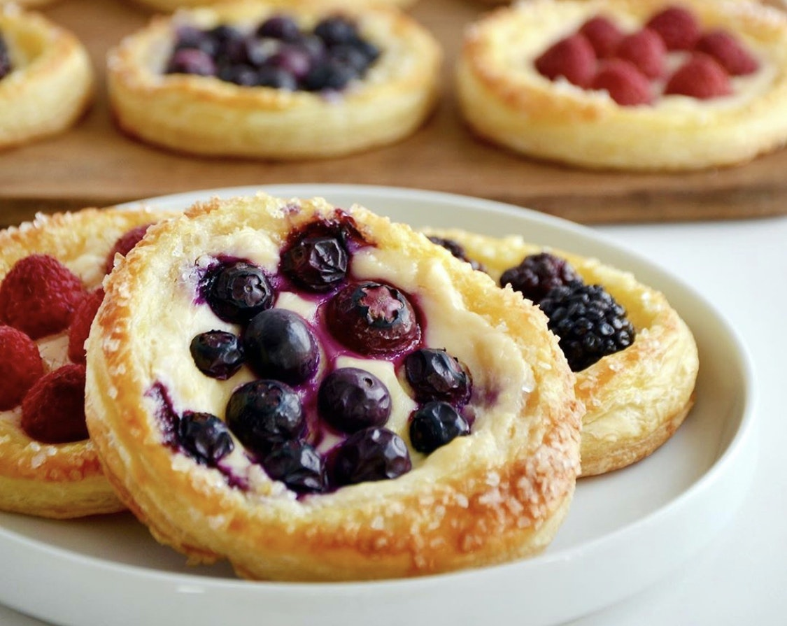 Berry and Cream Cheese Breakfast Pastries