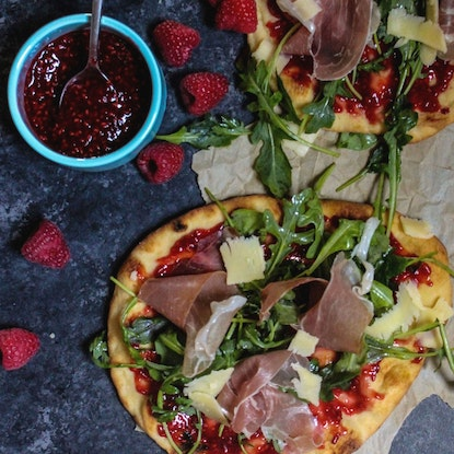 Prosciutto-arugula flatbread with homemade raspberry jam